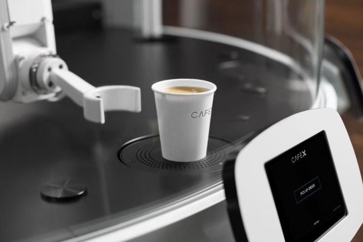 Cafe X - первое кафе, где работают только роботы